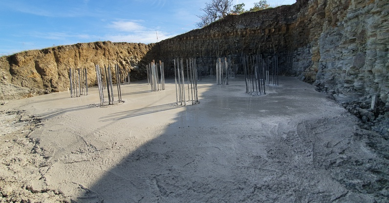Completamento pali di fondazione